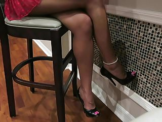 Hot Wife Asia Hot Legs and High Heels