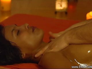 Fingering The Indian MILF Massage