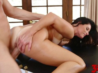 India Summer Tan Lines And Massage Lotion