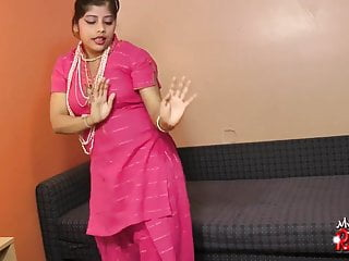 Indian hot babe Rupali sucking her dildo like giving blowjob