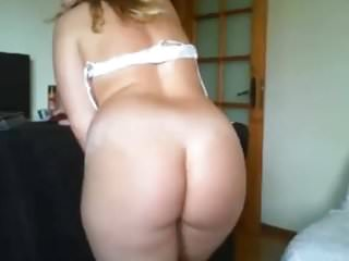 SEXY AMATEUR EUROPEAN ASS