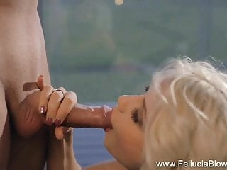 Incredibly Sensuous Blow From Blonde
