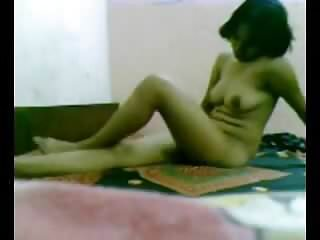 Indian girl getting nude on the cam for her boyfriend