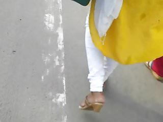 cum on busty yellow salwar(with nipple pokie)