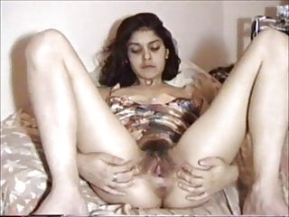 Hairy Pussy Indian wife 728.mp4