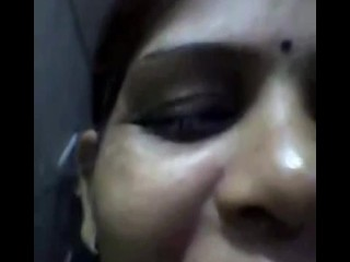 desi aunty showing huge boobs and says i love you for 2 lovers