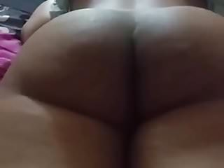 Desi wife ass shaking & fucking