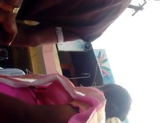 Tamil married aunty boobs in saree